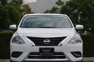 2015 Nissan Sentra SR Carfax 1-Owner - No AccidentsDamage Reported  Aspen White 15748 Per M