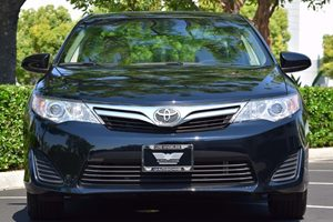 2014 Toyota Camry LE Carfax 1-Owner - No AccidentsDamage Reported Back-Up Camera Bluetooth Wire