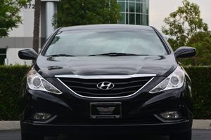 2013 Hyundai Sonata GLS Carfax 1-Owner - No AccidentsDamage Reported  Black 17047 Per Month