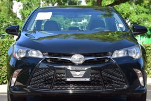 2015 Toyota Camry SE Carfax Report - No AccidentsDamage Reported  Attitude Black  We are not