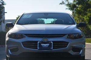 2016 Chevrolet Malibu LS Carfax 1-Owner  Silver Ice Metallic ---  19646 Per Month -ON APP