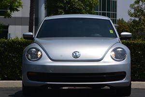 2014 Volkswagen Beetle Coupe 25L PZEV Carfax 1-Owner  Silver 16314 Per Month -ON APPROVED C