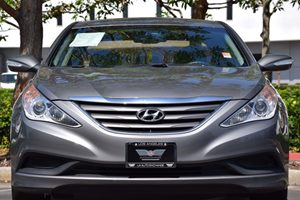 2014 Hyundai Sonata GLS Carfax 1-Owner - No AccidentsDamage Reported  Harbor Gray Metallic  W