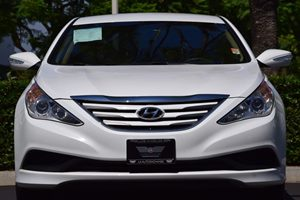 2014 Hyundai Sonata GLS Carfax 1-Owner - No AccidentsDamage Reported  Pearl White  We are not