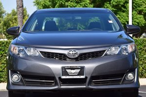 2014 Toyota Camry SE Carfax 1-Owner - No AccidentsDamage Reported 363 Axle Ratio Abs And Drive