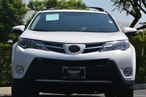 2014 Toyota RAV4 XLE Carfax 1-Owner - No AccidentsDamage Reported  Super White 24193 Per Mo