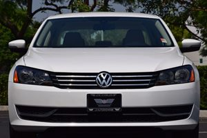 2014 Volkswagen Passat Wolfsburg Edition PZ Carfax 1-Owner - No AccidentsDamage Reported 140 Amp