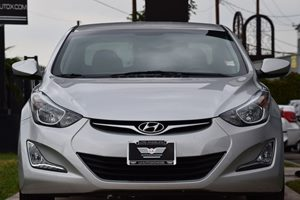 2015 Hyundai Elantra SE Carfax 1-Owner - No AccidentsDamage Reported 128 Gal Fuel Tank 90 Amp