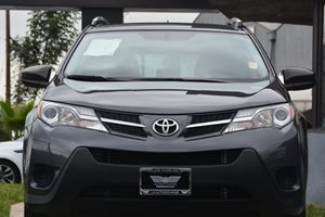 2014 Toyota RAV4 LE Carfax 1-Owner - No AccidentsDamage Reported  Magnetic Gray Metallic  We