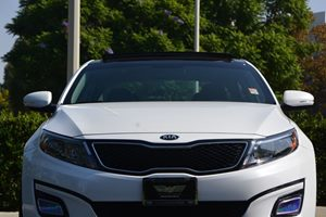 2015 Kia Optima EX Carfax 1-Owner - No AccidentsDamage Reported  Snow White Pearl  We are not