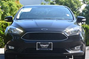 2015 Ford Focus SE Carfax Report  BLACK  We are not responsible for typographical errors All
