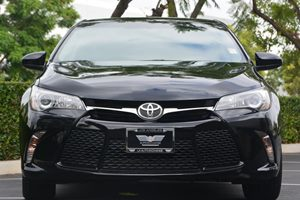 2015 Toyota Camry SE Carfax 1-Owner - No AccidentsDamage Reported  Attitude Black ---  20