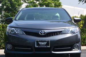 2014 Toyota Camry SE Carfax 1-Owner - No AccidentsDamage Reported  Gray 20295 Per Month -ON