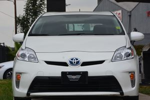 2015 Toyota Prius One Carfax 1-Owner  Super White 20945 Per Month -ON APPROVED CREDIT---