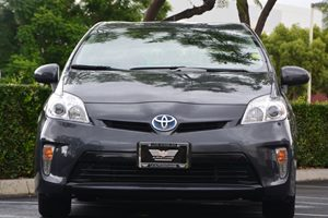 2015 Toyota Prius Two Carfax 1-Owner - No AccidentsDamage Reported  Winter Gray Metallic 209
