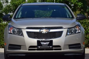 2014 Chevrolet Cruze LS Auto Carfax 1-Owner  Gold  We are not responsible for typographical er