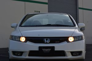 2009 Honda Civic Sdn Si wNavi Carfax 1-Owner  Taffeta White  We are not responsible for typog