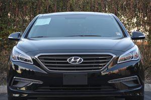 2015 Hyundai Sonata Limited Carfax 1-Owner - No AccidentsDamage Reported  Phantom Black 215
