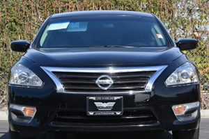 2014 Nissan Altima 25 S Carfax 1-Owner  Super Black 16314 Per Month -ON APPROVED CREDIT--