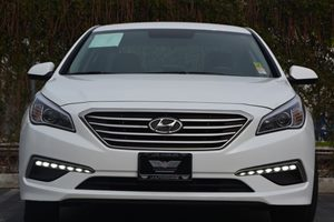 2015 Hyundai Sonata SE Carfax 1-Owner  Quartz White Pearl ---  16314 Per Month -ON APPROV