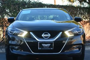 2017 Nissan Maxima 35 S Carfax 1-Owner - No AccidentsDamage Reported  Brilliant Silver  We a