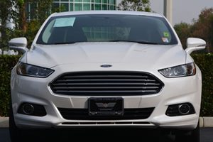 2015 Ford Fusion Energi Titanium Carfax 1-Owner - No AccidentsDamage Reported  White  20945
