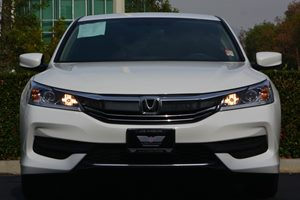2017 Honda Accord Sedan LX Carfax 1-Owner - No AccidentsDamage Reported  White Orchid Pearl