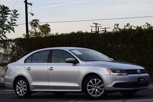 2014 Volkswagen Jetta Sedan SE Carfax 1-Owner - No AccidentsDamage Reported 140 Amp Alternator