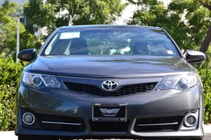 2014 Toyota Camry SE Carfax 1-Owner  Gray 17697 Per Month -ON APPROVED CREDIT---  ---