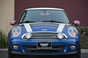 2012 MINI Cooper Hardtop Base Carfax Report - No AccidentsDamage Reported  Blue ---  128