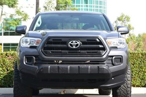 2017 Toyota Tacoma SR Carfax 1-Owner - No AccidentsDamage Reported  Magnetic Gray Metallic  W