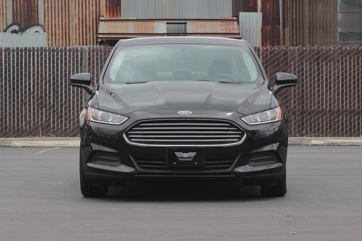 2016 Ford Fusion S Air Filtration Audio Auxiliary Audio Input Audio Mp3 Player Convenience B