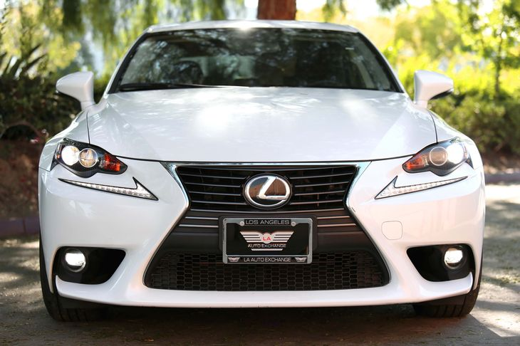 2015 Lexus IS 250 Base 17 X 75 Front Wheels And Rear Wheels WSilver Accents Audio Auxiliar