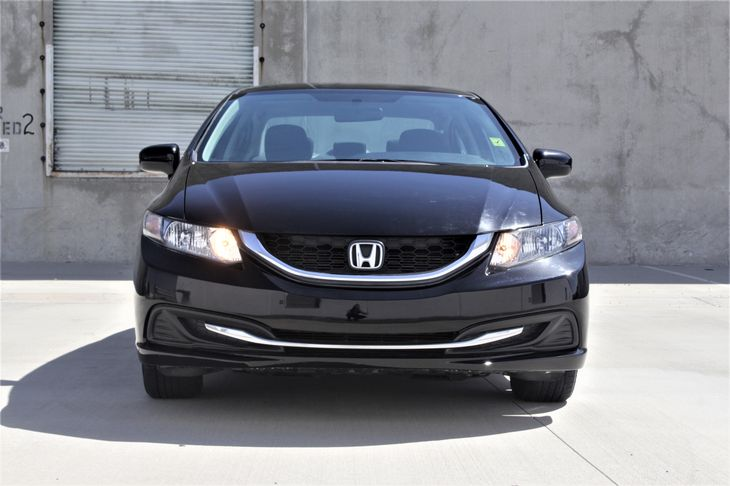 2015 Honda Civic Sedan LX Passenger Capacity 5 Crystal Black Pearl TAKE ADVANTAGE OF OUR PUB