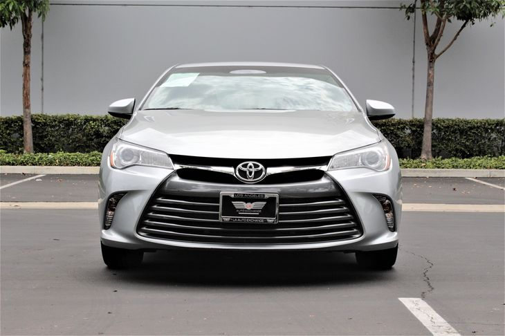2015 Toyota Camry LE  Celestial Silver Metallic TAKE ADVANTAGE OF OUR PUBLIC WHOLESALE PRICIN