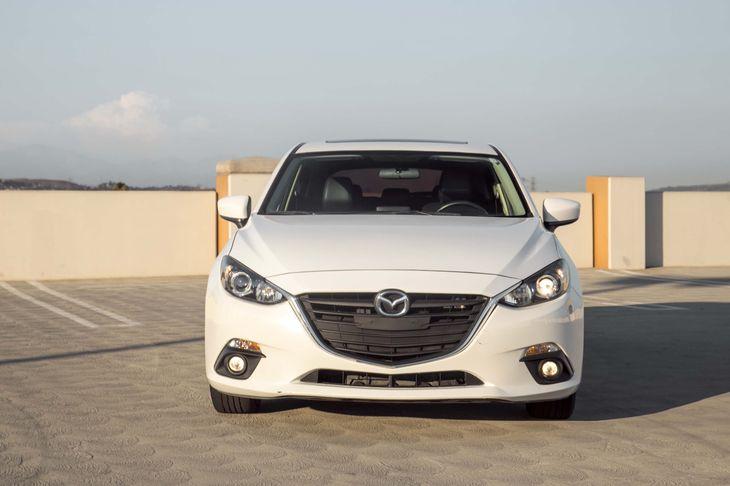 2015 Mazda Mazda3 i Grand Touring Air Conditioning  Multi-Zone AC Audio  Auxiliary Audio Input