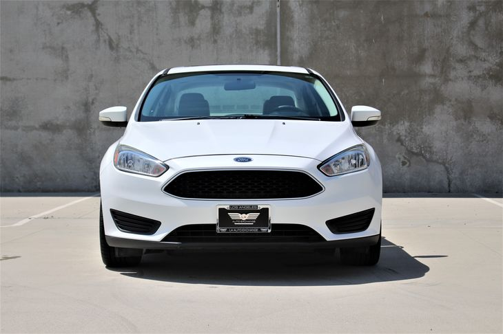 2015 Ford Focus SE Window Power Windows Window Rear Defrost Oxford White TAKE ADVANTAGE OF