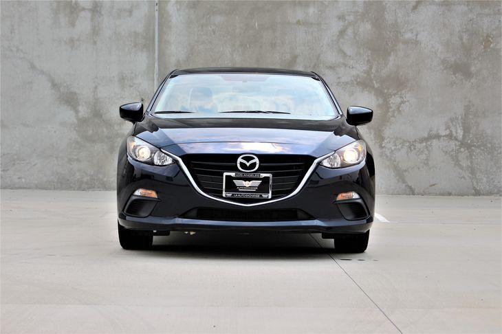 2015 Mazda Mazda3 i SV  Blue TAKE ADVANTAGE OF OUR PUBLIC WHOLESALE PRICING GOING ON RIGHT NO