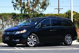 2014 Honda Odyssey Touring Carfax 1-Owner Air Conditioning  Multi-Zone AC Convenience  Back-U