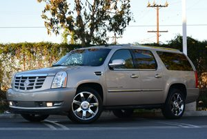 2009 Cadillac Flex Fuel Escalade ESV Carfax 1-Owner - No Accidents  Damage Reported to CARFAX Ai