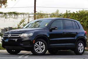 2014 Volkswagen Tiguan S Carfax 1-Owner - No Accidents  Damage Reported to CARFAX Air Conditioni