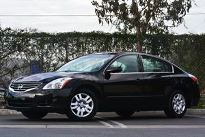 2012 Nissan Altima 25 S Carfax 1-Owner - No Accidents  Damage Reported to CARFAX Air Conditioni