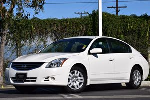 2012 Nissan Altima 25 S Carfax 1-Owner  White 15748 Per Month -ON APPROVED CREDIT    See o