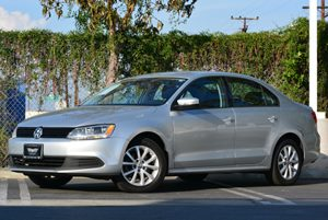 2011 Volkswagen Jetta Sedan SE wConvenience PZEV Carfax 1-Owner - No Accidents  Damage Reported