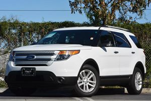 2013 Ford Explorer XLT Carfax 1-Owner Air Conditioning  AC Convenience  Cruise Control Conve