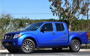 2012 Nissan Frontier SV Carfax 1-Owner 2 Auxiliary Pwr Outlets Air Conditioning Audio  AmFm