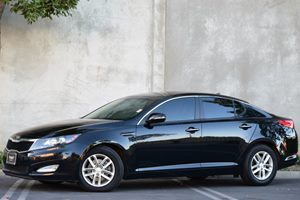 2012 Kia Optima LX Carfax 1-Owner - No Accidents  Damage Reported to CARFAX 4 Cylinders Displac