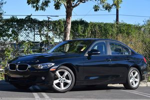 2012 BMW 3 Series 328i Carfax 1-Owner - No Accidents  Damage Reported to CARFAX Air Conditioning