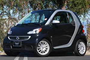 2013 Smart fortwo Pure Carfax 1-Owner - No Accidents  Damage Reported to CARFAX Audio  Auxiliar