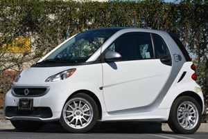 2013 Smart fortwo electric drive  Carfax 1-Owner - No Accidents  Damage Reported to CARFAX 0 Cyl